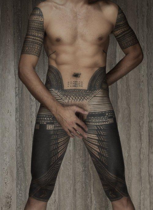 Greg Semu, New Zealand Samoan photographer - Sef portrait with pe'a